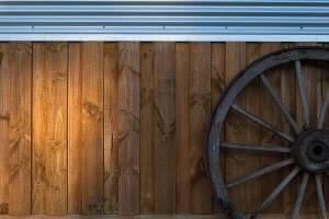 Cabin 7 wagon wheel decoration